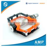 Mountain Bike Bearing Pedal/Anodizing Coloration Bicycle Pedal/Aluminium Alloy Road Bike Pedals for Outdoor Sports