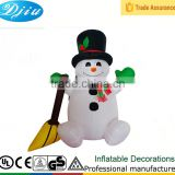 DJ-XT-84 new holiday inflatable christmas snowman sweep the floor inflatable yard holiday decoration