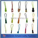 nylon puller cord, sportswear plastic custom rubber zipper puller with cord