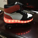 New Style Light up LED Skate Shoes for Children