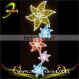 large artificial flowers holiday time street light motif wall light