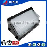 Die-cast housing,durable powder coat finish,5 year warranty,good performance,led wall pack light