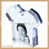 GH-P0020 arcylic clear picture frame on desk, moving picture frame