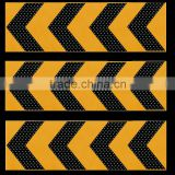 Solar curve guidance, LED arrow signal, traffic warning light