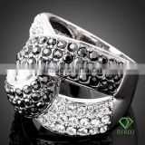 18k white gold GP multi crystal knotted rings