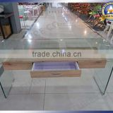 High Quality CT-173 Bent tempered glass square Corner coffee table with single metal base