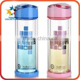 Eco-friendly double wall fruit infuse glass water bottle with bamboo screw lid tea filter wholesale