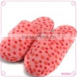 Dot pattern cute teenagers girls bedroom slippers autumn and winter to keep warm slippers