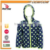 Custom Children Winter Coat with Hoodie for Wholesale Kids Wear China