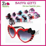 2015 New Style Heart-shaped Glasses Kids Sun Glasses Fashionable Glasses Plastic Sunglasses