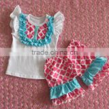 LY-201 wholesale boutique kids clothing set bib design top floral ruffle shorts outfit baby clothes