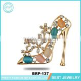 Yiwu City Made New Design High-Heeled Shoes Luxury Zinc Alloy Brooch