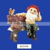 Wholesale Garden Gnome on Bench Polyresin Welcome Sign