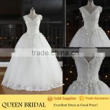 New Fashion V-neck Sleeveless Appliqued Hand-made Flower Beaded Ball Gown Wedding Dresses