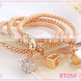 Fashion gold solid cube pendant chain bracelet charms jewelry design for girls