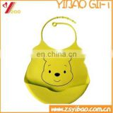 Popular lovely design soft silicone waterproof baby feeding cloth