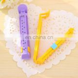 Date marking plastic bread bag sealer clip