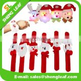 wholesale Christmas Glow Slap Bangle / Bracelet Xmas Cute Decor Party Pat Circle Hand Ring / Snap Bangles