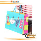 Best hot selling and fashion paper christmas gift bag