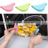2017 new product bird shaped silicone oven rack guard grill gloves