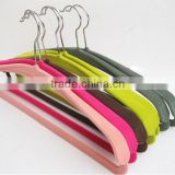Wholesale New Designed Luxury Non-slip Velvet Hangers