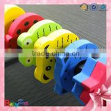 2015 new products promotional baby care products animal pattern various color baby safety products door stopper