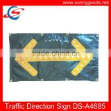 factory price lighted led flashing road traffic arrow sign