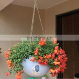 Beautiful dropshipping fashion Hanging Plastic Flower Pots Hanging Pots Flower Pot With Hanging Chain Random Color Delivery