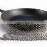 The Ringer Cast Iron Cleaner Stainless Steel Chainmail