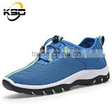 The best-selling comfortable wear-resisting PU + Rubber material men Casual hiking shoes