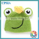 2014 Hot Sale Animal Frog Pattern Cute 100% Handmade Baby Knitted Crochet Hat Set With Bloomer