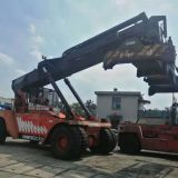Used FANTUZZI CS45KM Reachstacker