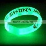 glow in the dark silicone watch bracelet / dark rubber bands in 17 years rubber manufactory China