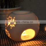 Pierced Small Ball of White Porcelain Oil Burners for Aromatherapy Candle Ceramic Oil Burners                                                                         Quality Choice