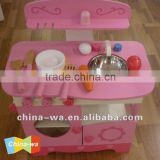 2014 new and popular pink wooden kitchen toys (with cooking set) for children pretend play