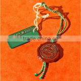 Delicate hang tag seal