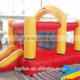 Exciting mini inflatable jumping bouncer with basketball hoop
