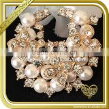 Light Gold Pearl Rhinestone Brooches Pins Wholesale FB026