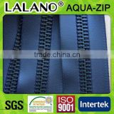 big teeth wateproof resistant metal zipper in navy color for luxury handbag and leather garment