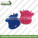 2015 Lovely cow shape kitchen sponge scrubber/kitchen cleaning sponge/sponge for washing dishes