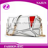 Alibaba Factory Cheap Price fashion young lady Chain Sling bag with Low MOQ