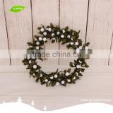 GNW CHWR-1605052 Customized Promotional Wholesale white berry christmas Wreath with magnolia leaf