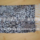 100% Wool OEM Leopard Winter Scarf