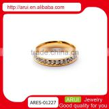 Loyal stainless steel gorgeous yellow gold pave diamonds rings