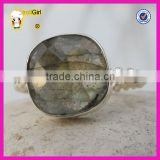 Factory supplier good quality gemstone jewelrt twised ring band silver natural labradorite ring