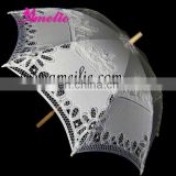 Pretty Ladies white sun umbrella