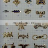Fashion metal garment accesories rhinestone flower buckle on bags or shoes