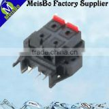 Four pole universal push wire terminal block