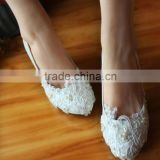 2016 Newest ELEGANT flower appliqued bride WEDDING SHOES no heels lace flat shoes.