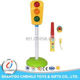 Hot plastic kids party play toy traffic light flashing stick for kids